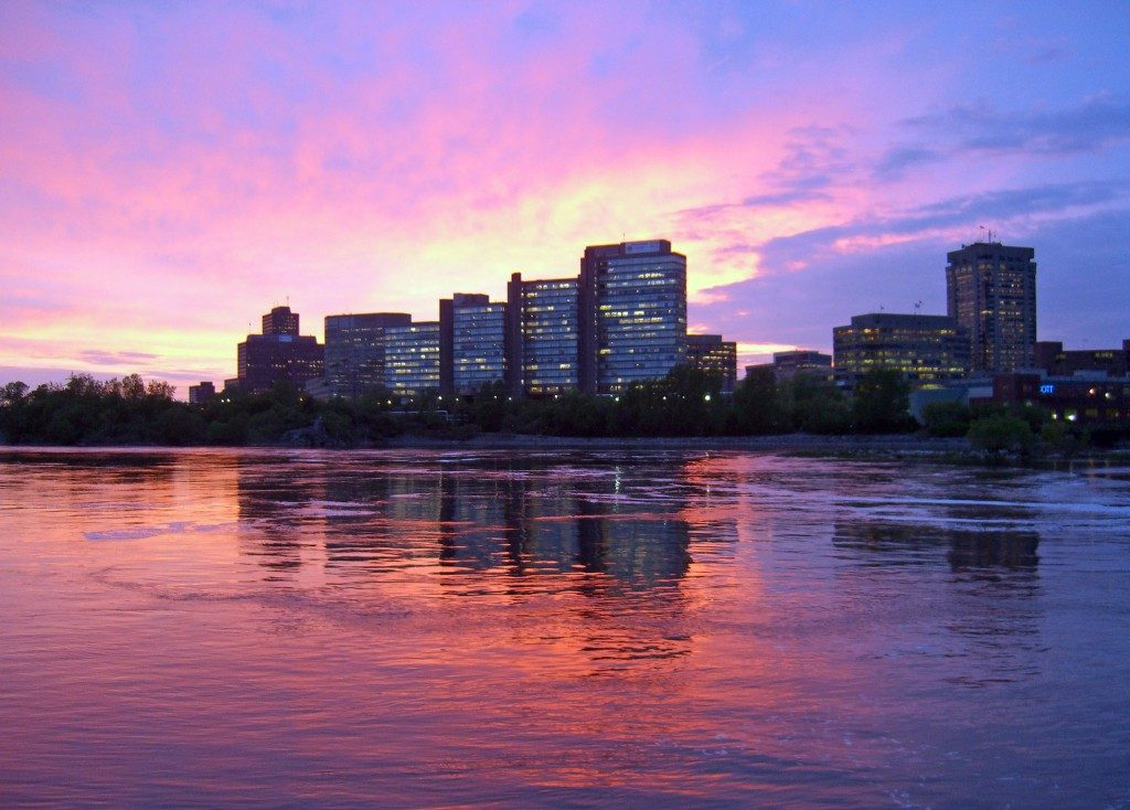 Sunset on the Hull district of Gatineau